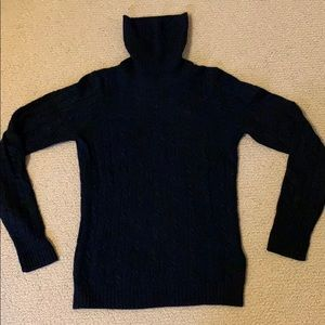 Like new Jcrew navy cable sweater